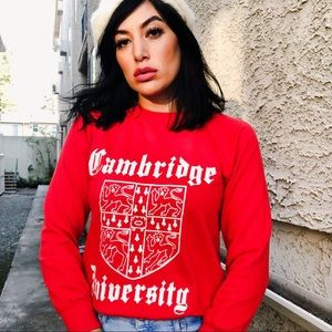 Tops - Vintage Cambridge University Sweatshirt 🇬🇧